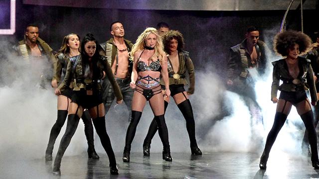 Поклонник смонтировал фан-концерт Бритни Спирс