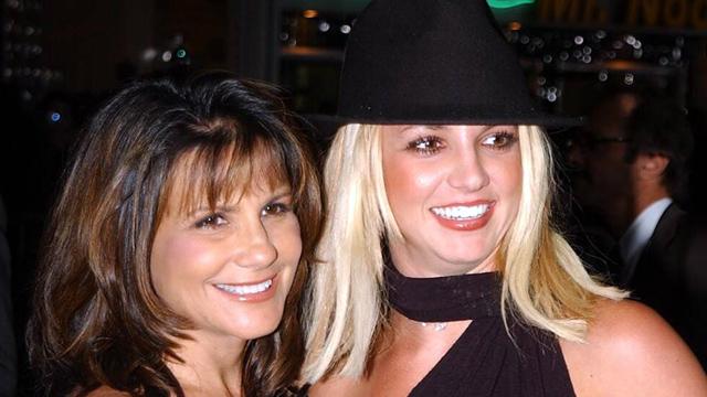 Мама Бритни Спирс хочет, чтобы её дочь вернулась к лечению