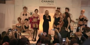 The Intimate Britney Spears Launch In Oslo, Norway - Official Video - September 26